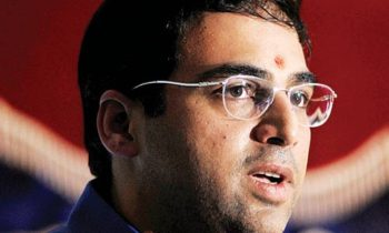 Anand breaks through to even chess match with Carlsen
