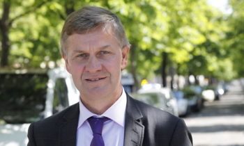 Foreign Minister congratulates Erik Solheim on nomination as head of UNEP