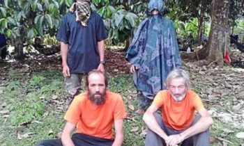Militants to behead hostage if no ransom received