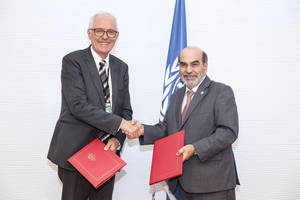 FAO Director-General José Graziano da Silva and Norway's Ambassador to FAO, Inge Nordang, at the signature event today.