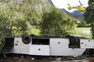 Bus with Ukrainians falls into ravine in Norway, leaving one dead