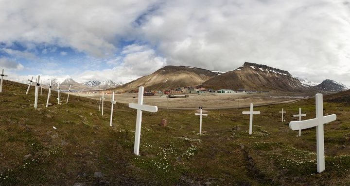 Norwegian Town Where You're Not Allowed to Die