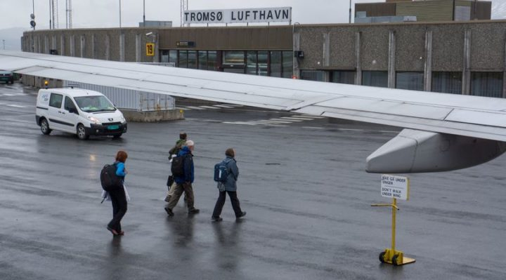 Irishman arrested in Norway after 'smoking in plane toilet while drunk'
