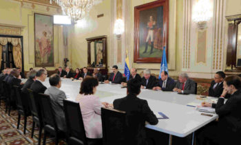 Venezuela government, opposition representatives travel to Norway for possible talks