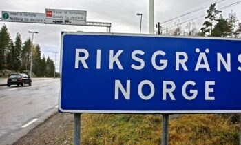 Norwegians with Swedish property threaten legal action over travel restrictions